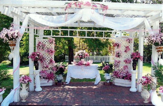 5 Decorating Tips For An Outdoor Wedding