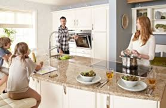 Why a Larger Kitchen is the Must Have Feature of the Home